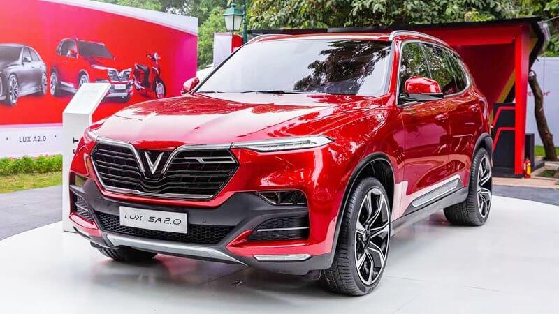 VinFast Lux SA 2.0 xứng tầm xe sang Việt Nam 2