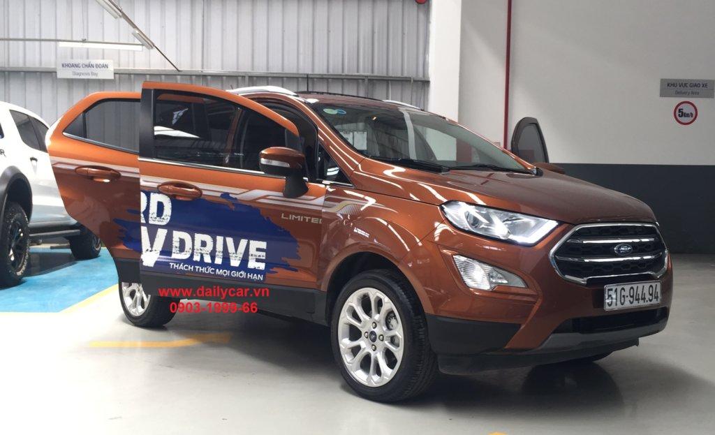 Ford Ecosport 2021 chiến mã số 1 trên đường phố đô thị 3