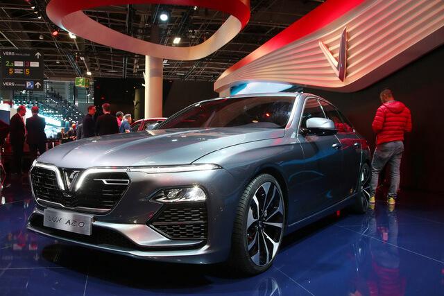 VinFast Lux SA 2.0 xứng tầm xe sang Việt Nam 4