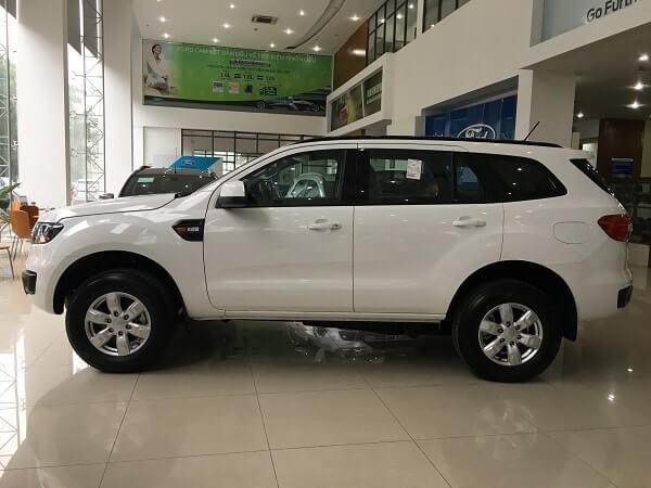 Đánh giá xe Ford Everest 2021 xe gia đình đa dụng 6