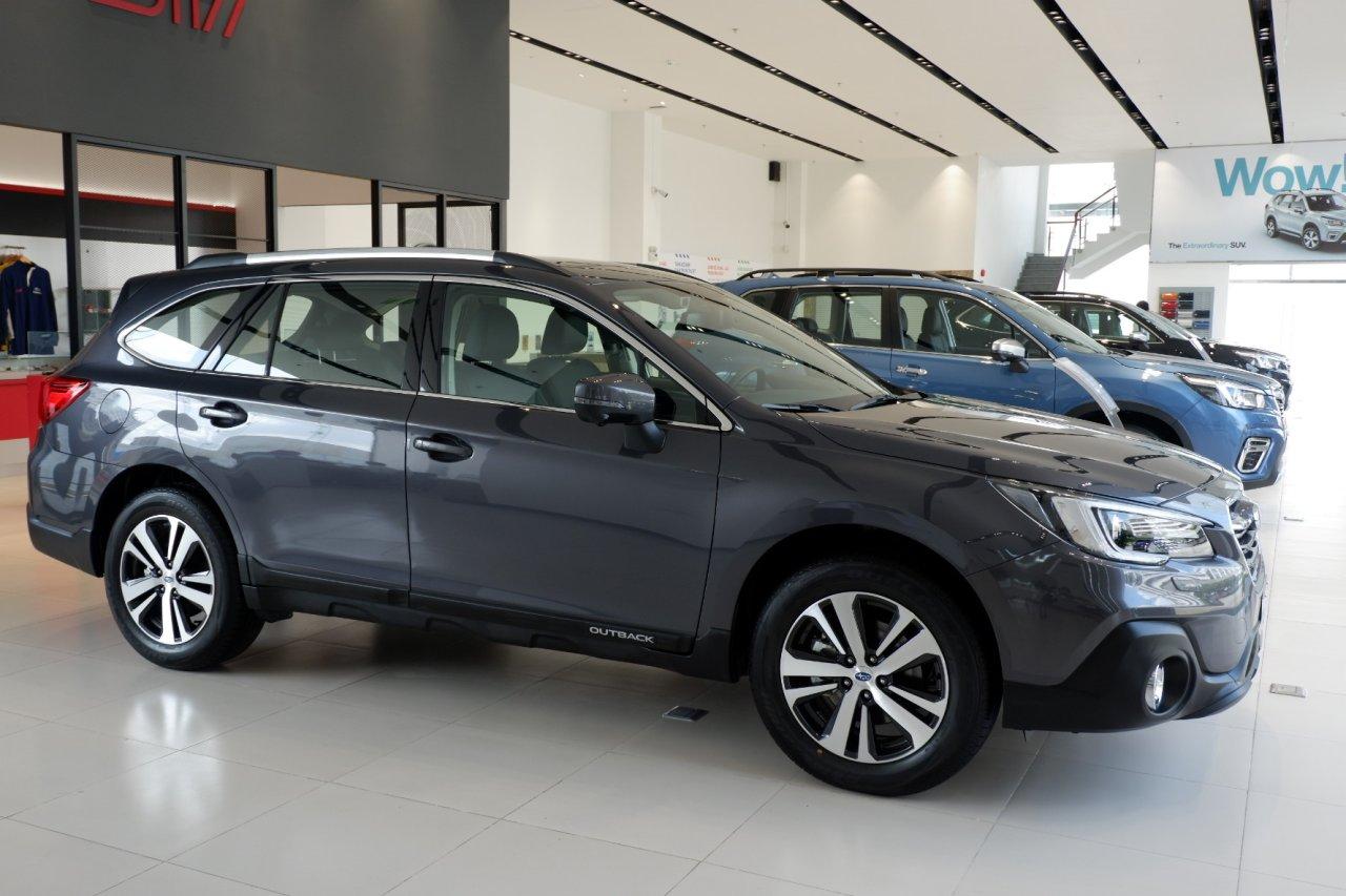 Bảng giá Subaru Outback 2021 kèm khuyến mãi 9