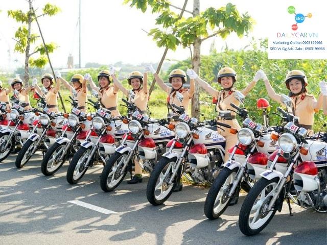 Đội nữ CSGT dẫn đoàn chính thức ra mắt tại Sài Gòn 1
