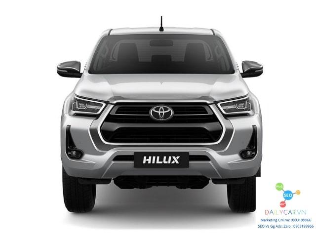 Toyota Hilux 2021 số tự động giá 675 triệu hấp dẫn? 6