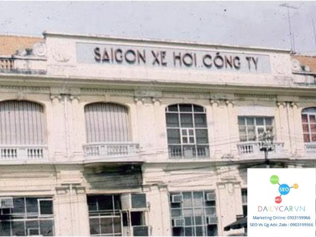 Xe La Dalat mang nét hoài cổ thập niên 70 ở Sài Gòn 7