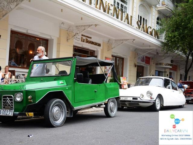Xe La Dalat mang nét hoài cổ thập niên 70 ở Sài Gòn 2