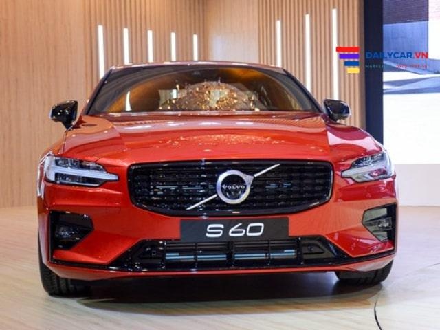 Volvo S60 2021