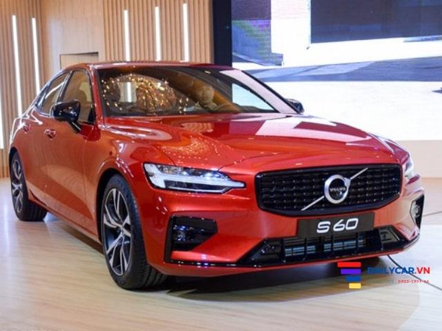 Volvo S60 2021 giá tốt cạnh tranh Mẹc C-Class tại quận 7 5